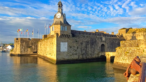 photo de la ville close de concarneau