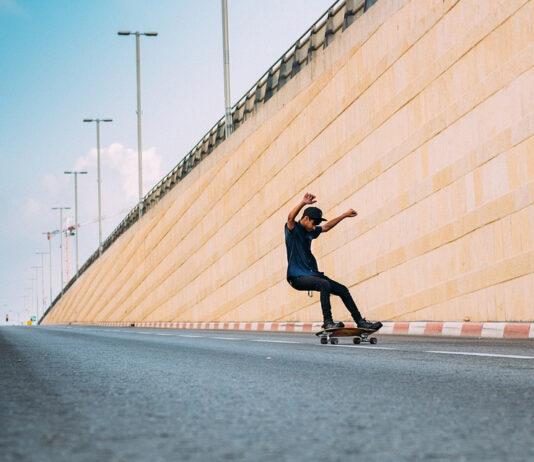 surf skating